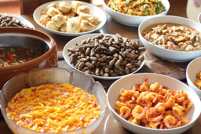 Cerpen Pak yai, Hidangan, makanan sisa